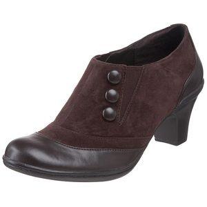Bella Vita Leather Brooks Button Ankle Bootie 9.5W